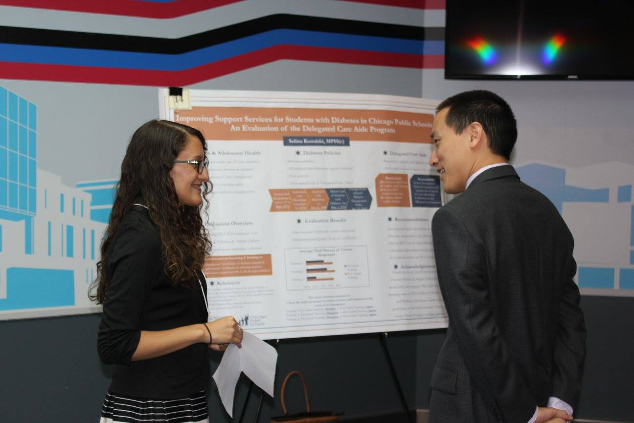 Student discusses their capstone with professor